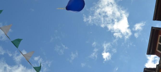 Stadtfest Pirna: Luftballon-Spendenaktion der Physiotherapie Haustein